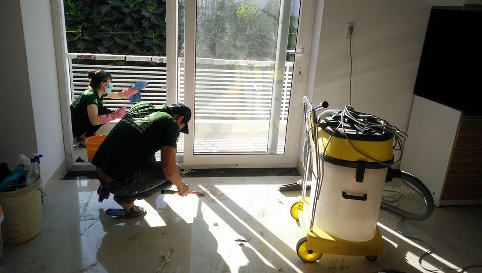 Dịch vụ vệ sinh nhà sau xây dựng quận 11